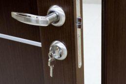 Adrien Genet - artisan serrurier, blindage de portes, réparation menuiserie et contrôle d'accès